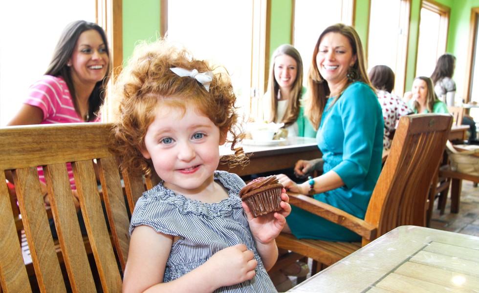 Slider-girl-cupcake