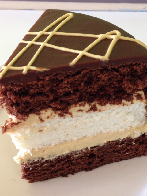 Heaven n' Hell Cake2